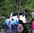Bus Hits Tree in Philippines; 3 Killed, 30 Injured