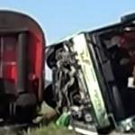 Truck Hits Train in Illinois; 1 Injured